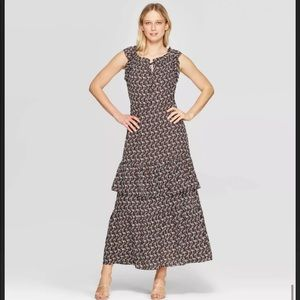 WHO WHAT WEAR Floral Tiered Maxi Dress